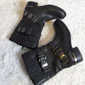 Vince Camuto Welton black quilted moto boot size 7
